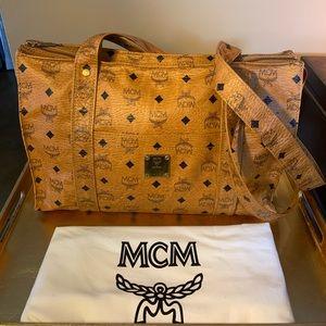 MCM HANDBAG 👜 Classic & Sexy